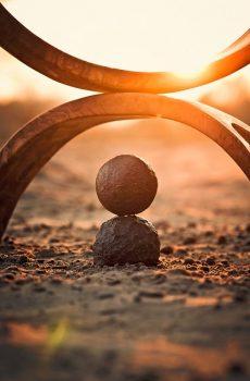 harmonie 2 halve ringen 2 ballen op elkaar